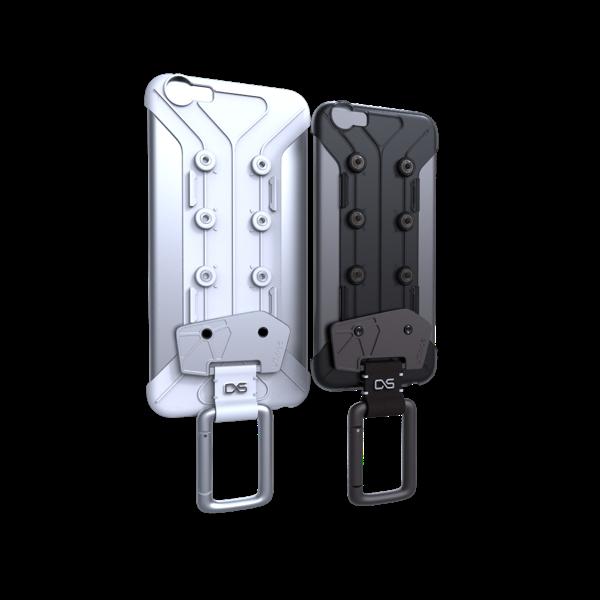 (CARABINER)航太科技等級鋁合金扣環.讓您將手機吊掛在隨手可及的任何地方.堅固耐用觸感滑順.配合柔軟真皮提供極富彈性的彎折可能.此圖已套入iPhone6手機示範提供參考_resize
