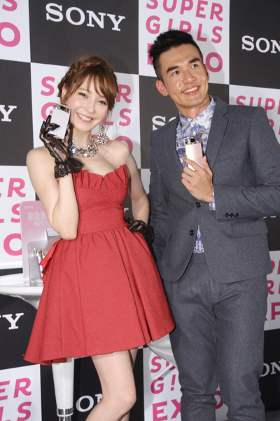 sonylena 51 日本名模藤井莉娜登台 分享Sony自拍玩美機魅力