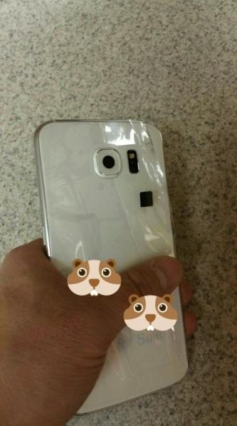 e89ea2e5b995e5bfabe785a7 2015 02 26 e4b88be58d8812 22 33 疑似Galaxy S6實機影像曝光 搭金屬機身 (更新:更多實機影像)