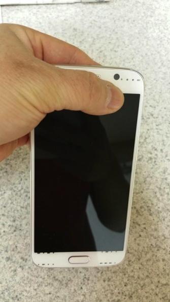 e89ea2e5b995e5bfabe785a7 2015 02 26 e4b88be58d8812 23 12 疑似Galaxy S6實機影像曝光 搭金屬機身 (更新:更多實機影像)