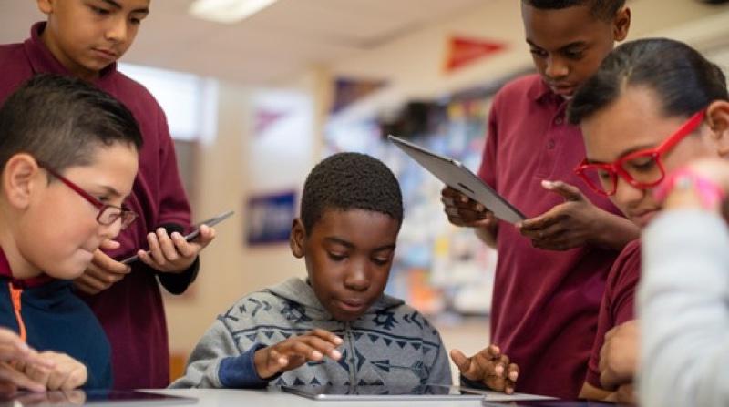 66372 20160811152246387 1221359230 resize 蘋果協助美國數位化教育 超過3.2萬名學生透過iPad學習
