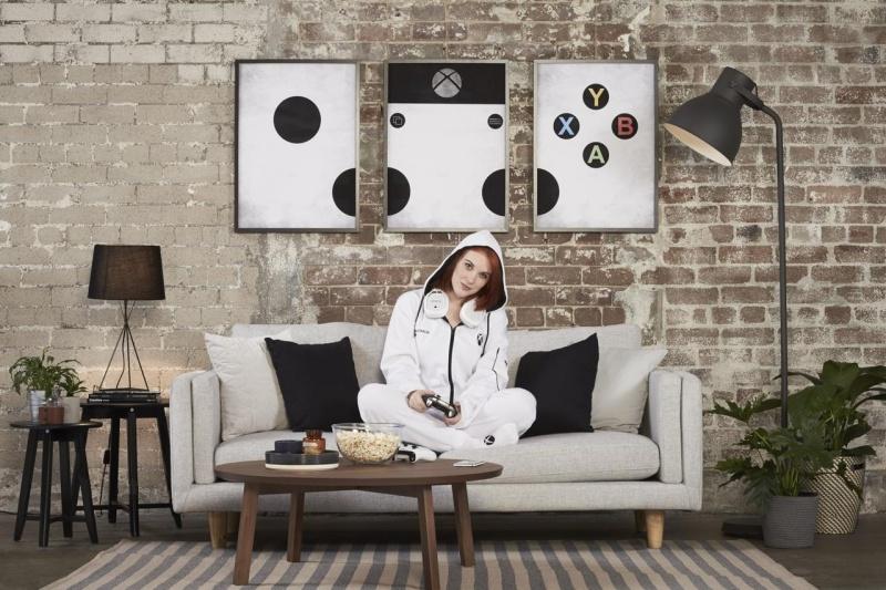 resize 3116779 xboxonesiesresized 020 慶祝Xbox One S上市 微軟打造可長時間遊玩遊戲的專用連身服
